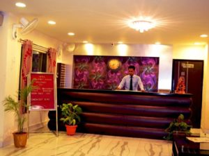 Hotel-The-Great-Ananda-reception